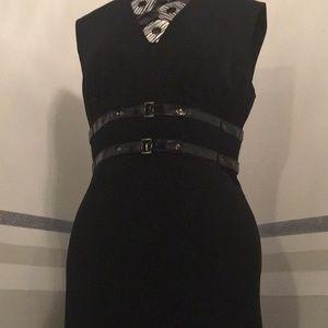 Tracy Reese black dress size 8 pleated at knee